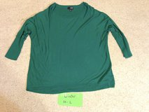 Green ¾  sleeve knit top  - L in Naperville, Illinois