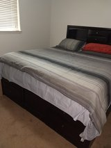 King platform w/drawers-headboard in Alamogordo, New Mexico