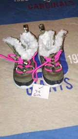 girls boots in Fort Campbell, Kentucky