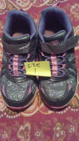 girls shoe in Fort Campbell, Kentucky