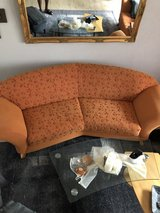 3 seater Couch with matching single chair. in Grafenwoehr, GE
