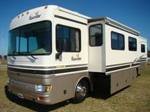 2002 Fleetwood Bounder 39Z in Tinker AFB, Oklahoma