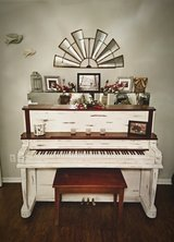 Farm house piano in Warner Robins, Georgia