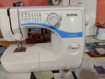 Brother LX-3125 Sewing Machine, like new in Fort Campbell, Kentucky