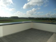 Penthouse. Enjoy the views and the huge terrace. 2 br. 15 min Pantch/Panzer. Sindelfingen in Stuttgart, GE