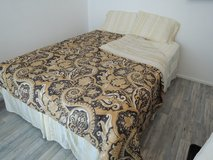 Serta Perfect Sleeper Queen Bed in Ramstein, Germany