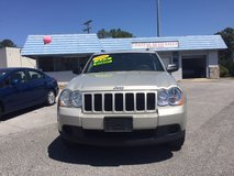 2010 Jeep Grand Cherokee Laredo 4x4 in Camp Lejeune, North Carolina
