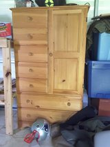 Chest/wardrobe in Camp Lejeune, North Carolina