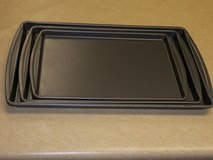 3 piece non-stick cookie sheet set in Dover, Tennessee