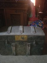 antique trunk late 1800's in Cleveland, Texas