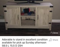 Adorable Tv stand in Vacaville, California