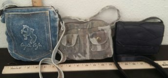 Small shoulder bags/purses in Alamogordo, New Mexico