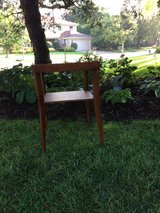 Reduced  Comtemporary End Tables / Night Stand in Bartlett, Illinois
