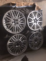 """Set of 4 Volvo 17"""" OEM Rims w/ center caps and TPMS in Glendale Heights, Illinois"""