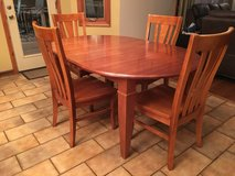 table w/6 chairs in Westmont, Illinois