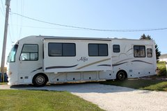 Motorhome, Alfa See Ya - $44000 in Quad Cities, Iowa