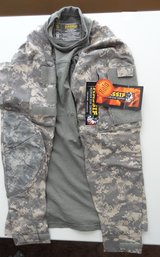 (2) USGI ACU Massif (Size Small) Digital Camo Army Combat Shirt ACS Flame Resistant in Fort Leonard Wood, Missouri