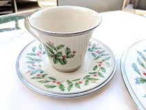 Christmas Dishes, 4 sets in Spring, Texas