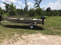 15 Foot Tracker with Mercury outboard in Fort Leonard Wood, Missouri