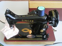 Singer 99K Featherweight sewing machine in Chicago, Illinois