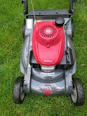 """REDUCED"" Honda HRX 217 Versamow 4-in-1 System Lawnmower in Shorewood, Illinois"