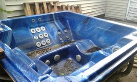 HOT TUB!! TAKIN OFFERS HAS TO BE GONE ASAP IM MOVING! in Lawton, Oklahoma