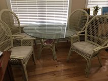 Glass top table and 4 chairs in Warner Robins, Georgia