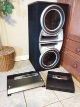 (2) 12inch subwoofer, box,  2 amps in Fort Campbell, Kentucky