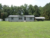 3 Bedroom 2 Bathroom Mobile Home on 1.65 acre lot. in Camp Lejeune, North Carolina