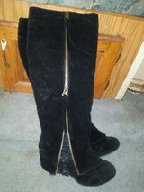 womens boots brand new size 7 in 29 Palms, California