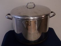 Revere Ware Copper Clad Bottom 16 Quart Stockpot w/Lid in Kingwood, Texas