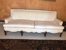 Victorian  Couch in Fort Bliss, Texas