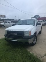 08 gmc truck in Leesville, Louisiana