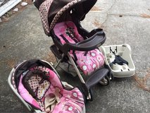 Graco brand stroller, car seat combo in Kingwood, Texas