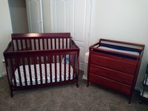 Crib & Changing Table Set in Conroe, Texas