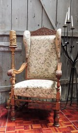 Antique Throne Chair Solid Oak Frame in Ramstein, Germany