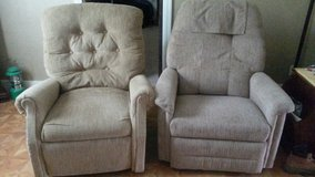 2 nice recliners in Kansas City, Missouri