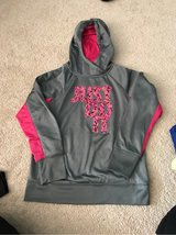 Girls Nike hoodie XL in Plainfield, Illinois