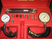 Snap On   AT67Y Oil pressure (2)  gauge set in Alamogordo, New Mexico