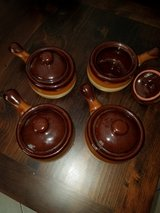 Set of 4 Stoneware Soup Bowls With Lids in The Woodlands, Texas