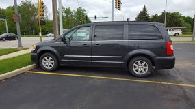 2011 Chrysler Town & Country in Naperville, Illinois