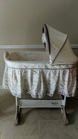 delta children bassinet used in The Woodlands, Texas