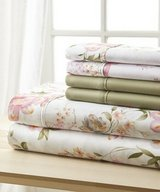 Bellagio Six-Piece queen bed Sheet Set Hotel 5th Ave™ in Tinley Park, Illinois