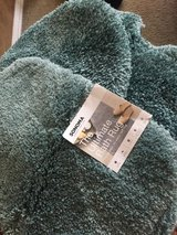 NEW 3pcs bathroom rug set, Turquoise color in Baytown, Texas