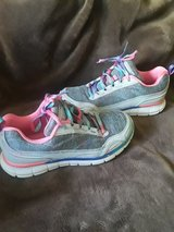 Shoes sport size4 in Vacaville, California