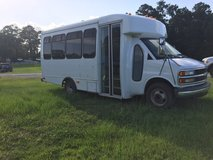 2001 Chevrolet Shuttle bus in Fort Polk, Louisiana