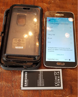SAMSUNG GALAXY S5 w/ New Screen, charge port, battery, and dust cover Defender Otterbox case inc... in Wiesbaden, GE