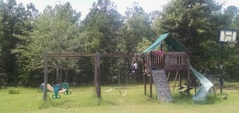 Extend swing set in Perry, Georgia