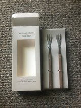 Set/2 Seafood Forks by William Sonoma (6 available) in Westmont, Illinois