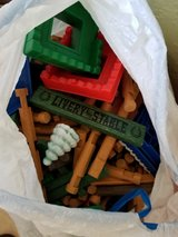Lincoln Logs-kitchen bag full in Kingwood, Texas